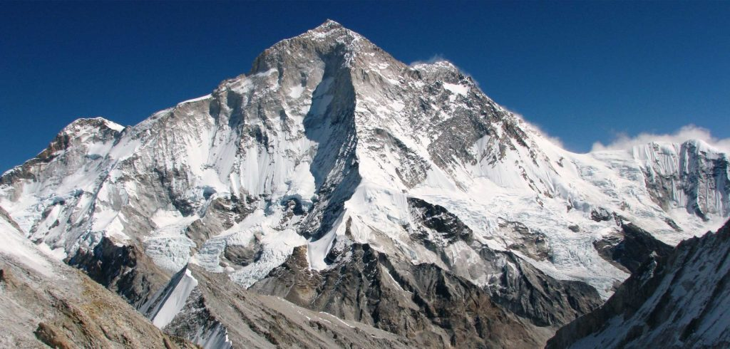 Makalu 4th Highest mountain in Nepal